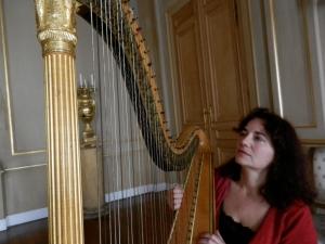Palais Royal: la harpe de Marie-Henriette